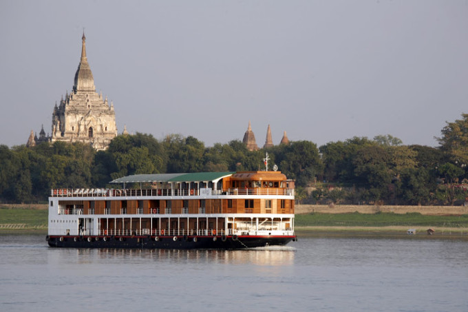 Sailing_Bagan2