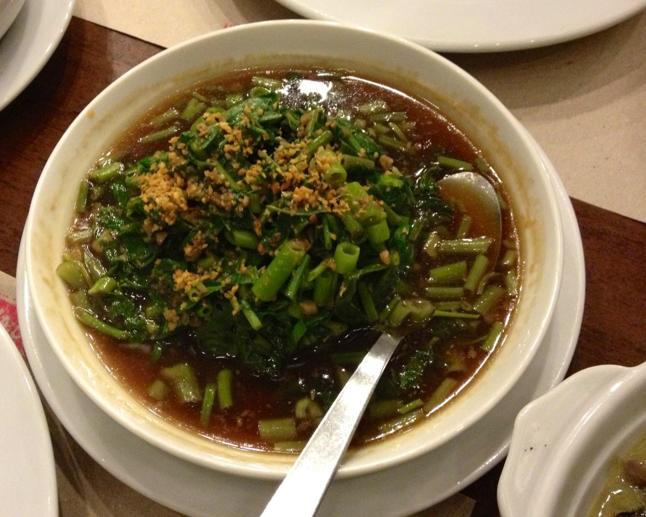 野菜たっぷり♪女子向けフィリピン料理メニュー