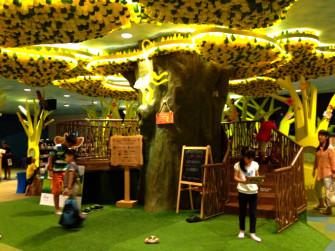 子連れで楽しい!シンガポール国立図書館へ