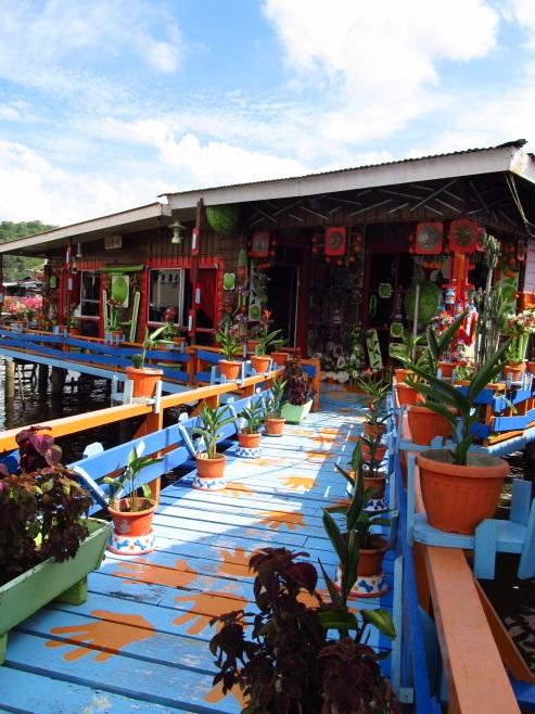ブルネイ発祥の地、水上集落「カンポン・アイール」へ訪問!