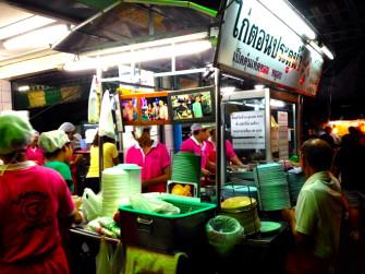 渋谷でも人気! タイで1番人気のカオマンガイ店