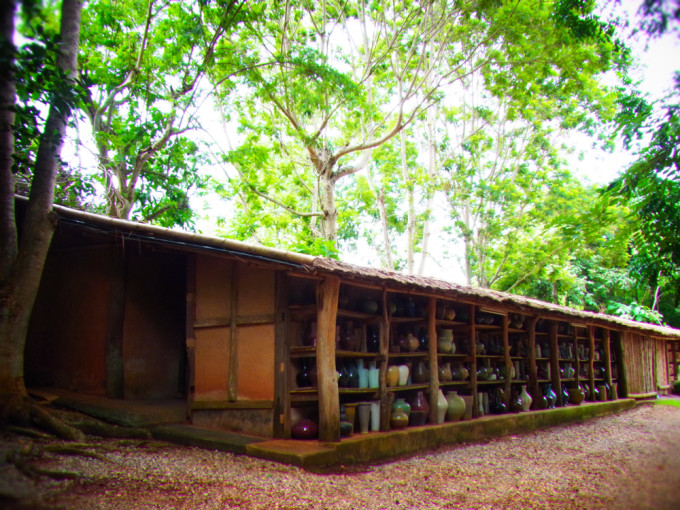チェンライにある工房「DOY DIN DANG」へ陶器を愛でる旅に