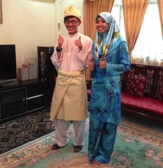 オーダーメイドで世界に1つだけのブルネイ民族衣装を作ってみよう!