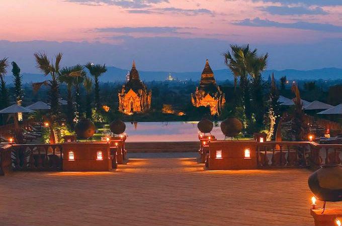 バガン世界三大仏教遺跡の絶景ホテルでゆったりステイ