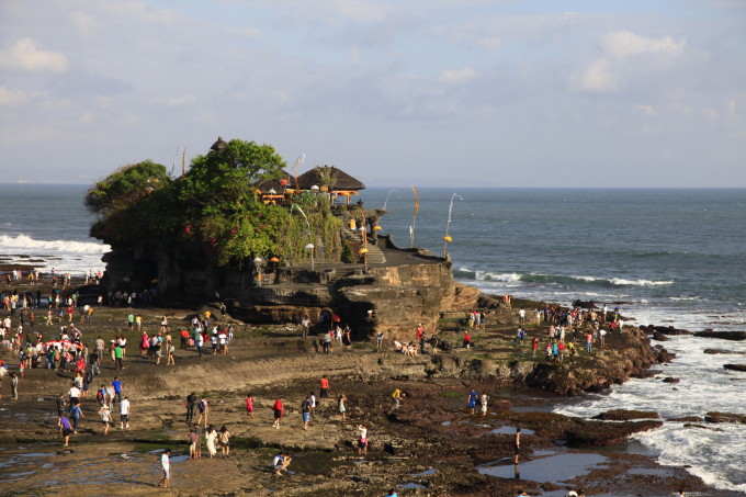 Bali_Pura+Tanah+Lot-01