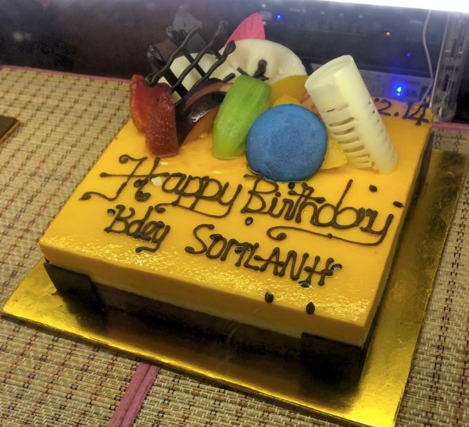 シェムリアップ高級ホテルのケーキが半額で買える秘密