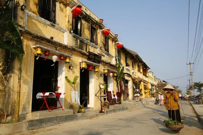 Hoian town 5