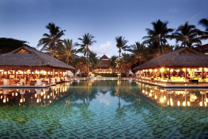 バリ島オーシャンフロントに佇む5つ星リゾートホテル