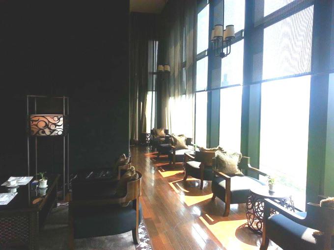 ラグジュアリーホテル「The St. Regis Bangkok」で心地よいアフタヌーンティー