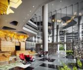 06. PARKROYAL on Pickering Interior_Hotel Lobby_Please Credit Patrick Bingham Hall