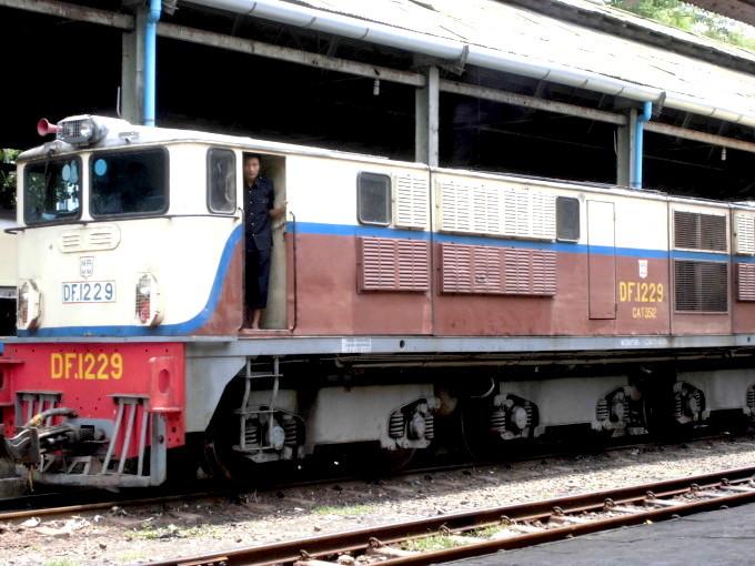 ミャンマー・ヤンゴンで、ぶらり途中下車の旅
