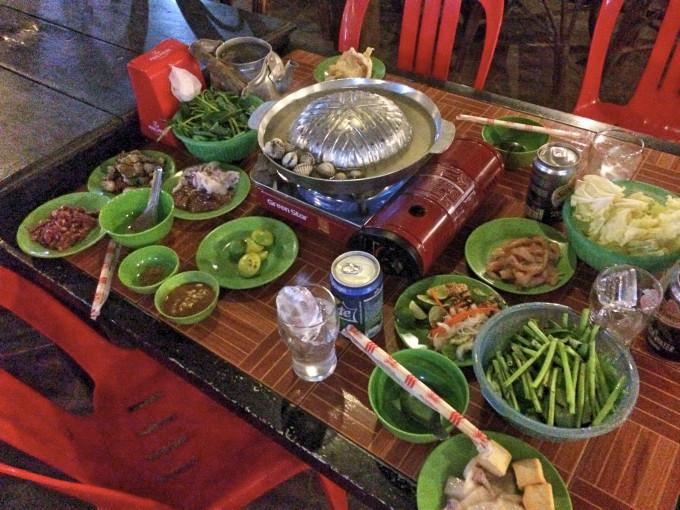 一度で二度美味しい!?カンボジアンBBQ