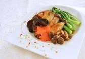 Gim Tim-Fragrant sauce with Wild Mushroom and Chinese Kai Lan_Fotor