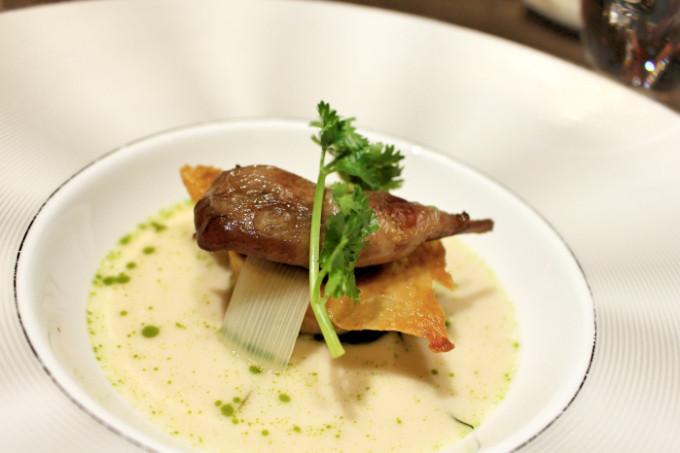 唯一無二のタイ料理フルコースをバンコク5つ星ホテルで味わう