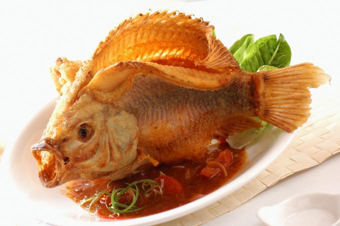 Jumbo Seafood-Deep Fried Red Tilapia w Nonya Sauce_Fotor