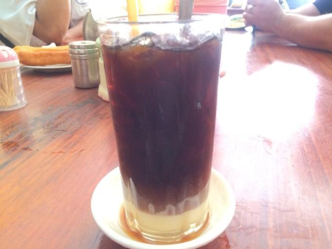 疲れた身体に染み渡る、カンボジアの甘〜いコーヒー