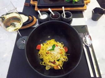 バンコクの一流レストランが手掛けたグリル&バーの絶品パスタ