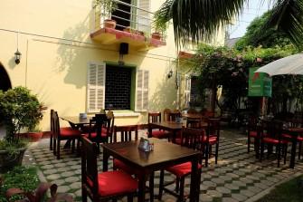 ヴィエンチャンで落ち着いてラオス料理を堪能できるレストラン