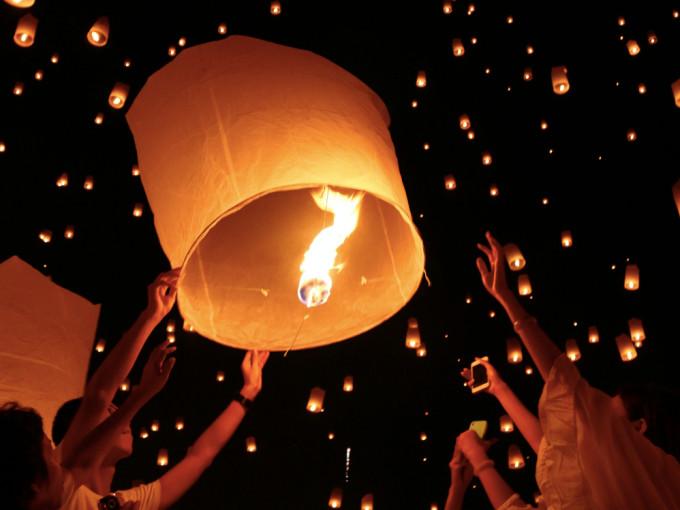 今年こそ!美しいタイのお祭り「チェンマイ ロイクラトン」へ参加しよう!