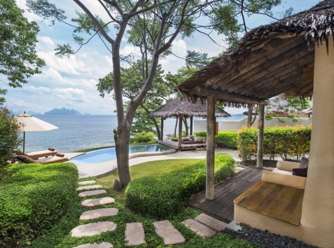 lux3714gb-154011-Sea view Pool Villa