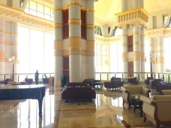 ブルネイの7つ星豪華ホテル、おすすめの過ごし方