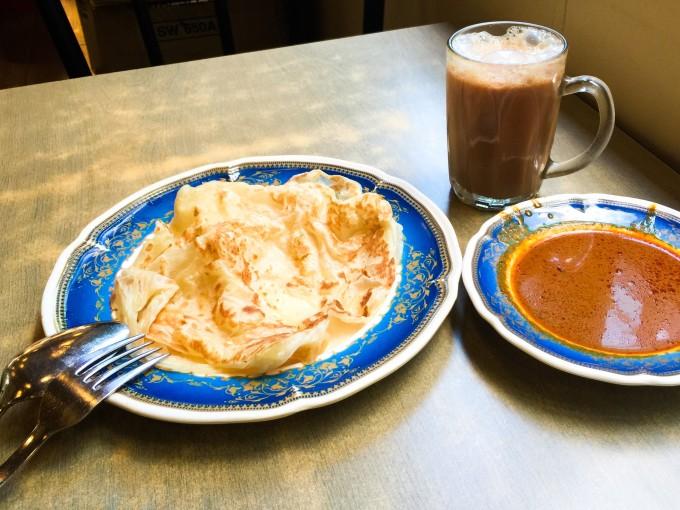 マレーシア人の定番朝ご飯「ロティ・チャナイ」