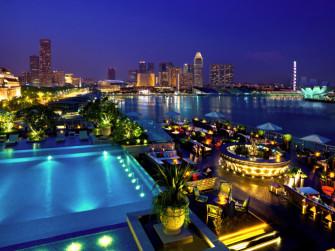 シンガポールに来たらマストGO!夜景の綺麗な屋外BAR