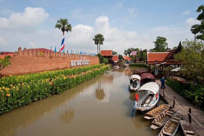 Ayothaya Floating Market, Phra Nakhon Si Ayutthaya *** Local Caption *** ตลาดน้ำอโยธยา จังหวัดพระนครศรีอยุธยา
