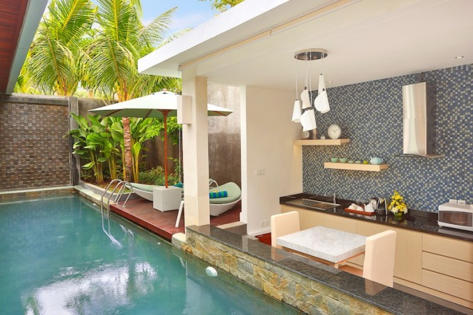 One bedroom villa pantry