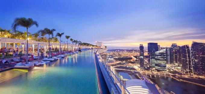 Pool View from CE LA VI Club Lounge