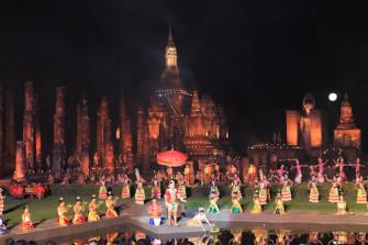 タイ灯篭流しの発祥「スコータイ・ロイクラトン&キャンドル・フェスティバル」
