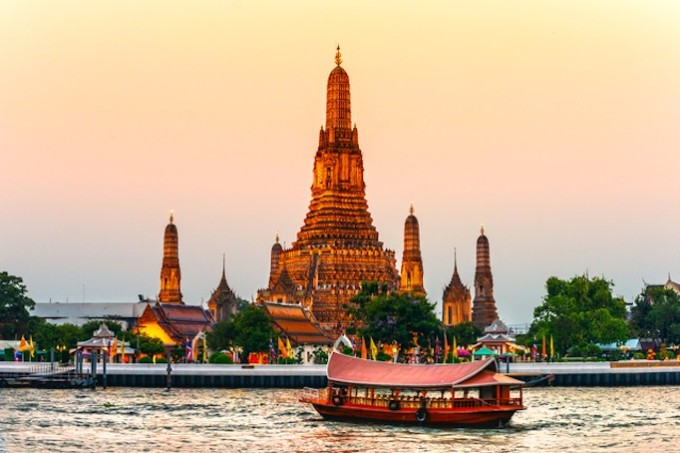 Wat Arun, The Temple of Dawn,  Bangkok, Thailandia.