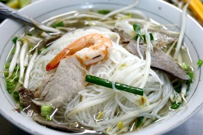 ベトナム南部の名物麺「フーティウ」とは?