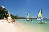 Chaweng Beach on Samui Island, Surat Thani *** Local Caption *** หาดเฉวงในเกาะสมุย จังหวัดสุราษฎร์ธานี