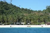 Ngai Island is located in Ko Lanta District, Krabi. but it is attraction in Sea's Trang Group. *** Local Caption *** เกาะไหง เป็นเกาะที่อยู่ในเขตอำเภอเกาะลันตา จังหวัดกระบี่ แต่จัดเป็นแหล่งท่องเที่ยวในกลุ่มของทะเลตรัง