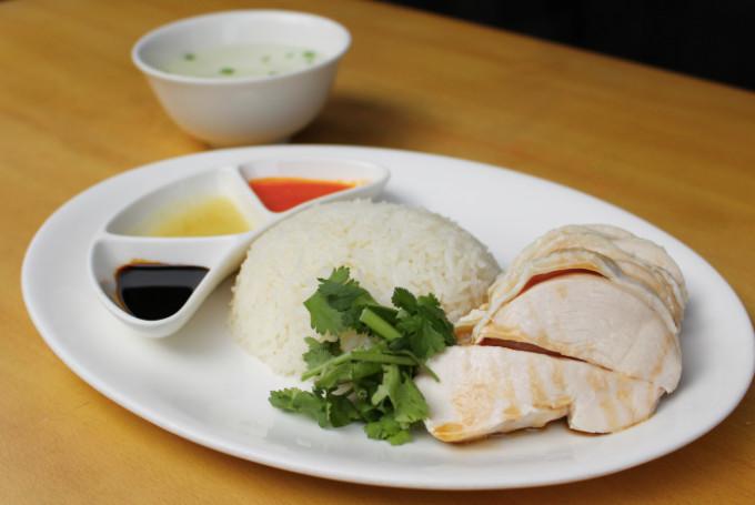 (東京・恵比寿)チキンライスに魅せられて……「海南鶏飯食堂2」