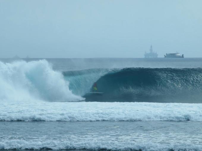 世界一長いバレルへの挑戦!ロンボク島「デザートポイント」への行き方
