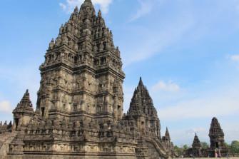 ヒンドゥー教の理解が深まる!ジョグジャカルタの世界遺産「プランバナン寺院」