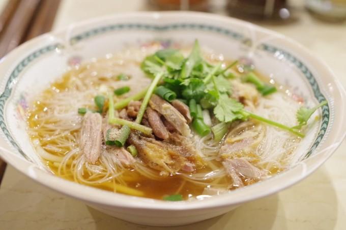 (東京・錦糸町)ふらっと入って楽しめる本格タイ料理店「タイランドショップ」