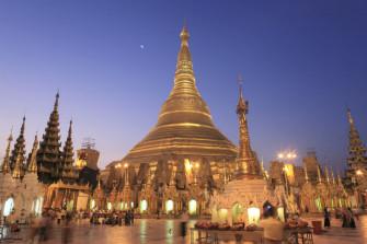 ミャンマー最大の聖地!ヤンゴンの黄金寺院「シュエダゴン・パゴダ」