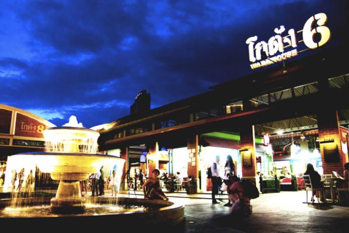 バンコクの大型ナイトマーケット「アジアティーク・ザ・リバーフロント」