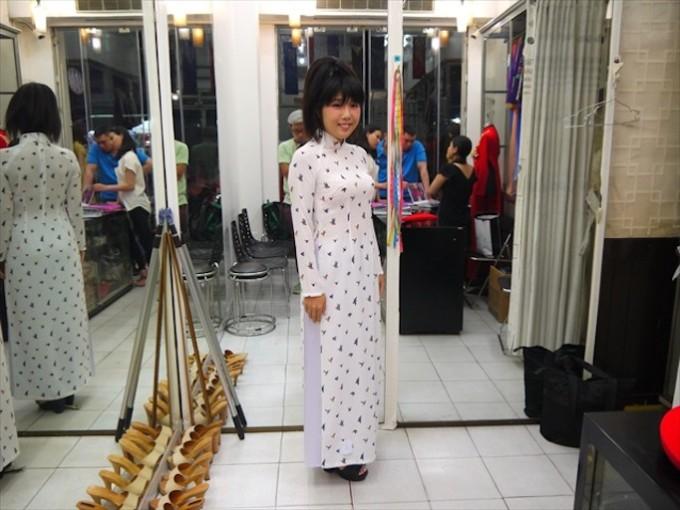 オーダーメイドの国ベトナムで布からアオザイやシャツをつくる