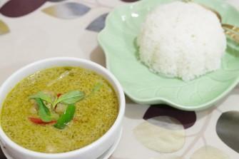 (東京・大塚)女性タイ人シェフによる家庭的なタイ料理店
