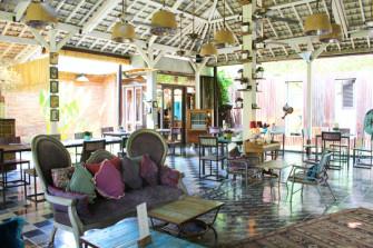 バリ島ジンバランのヴィンテージレストラン「Balique」