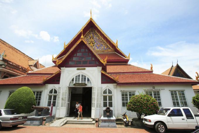 仏教美術に触れ、タイの歴史を学ぶ!バンコク国立博物館
