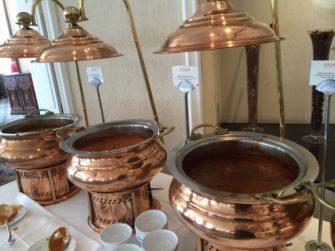 バンコクのホテルレストランで人気のインド料理ビュッフェ