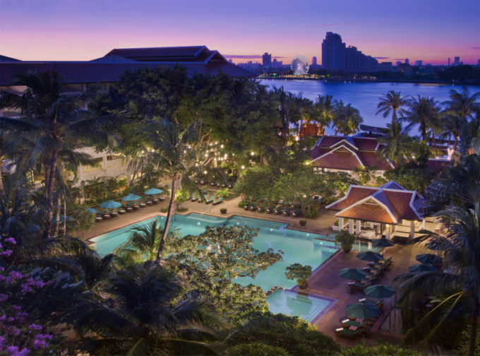 55517296-H1-Resort_exterior_