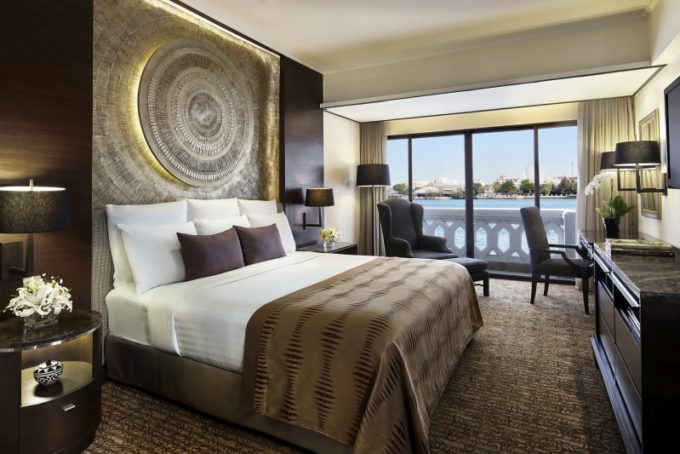 65999026-H1-Anantara_Riverfront_Suite_Bedroom_