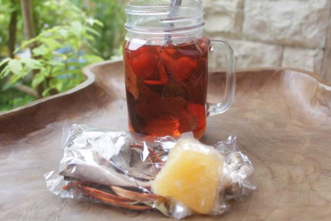 ジョグジャカルタのスパイス香る伝統茶をお土産にいかが?