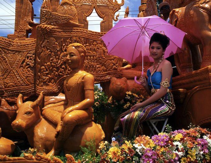 Candle Festival, Ubon Ratchathani, Thailand Events and Festivals (2)
